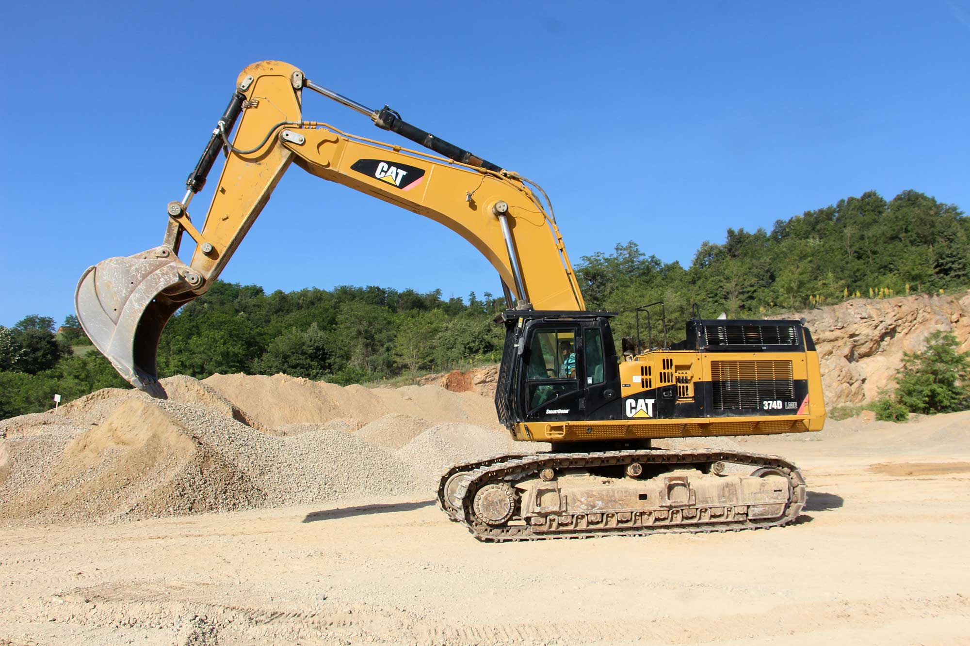 bager CAT 374